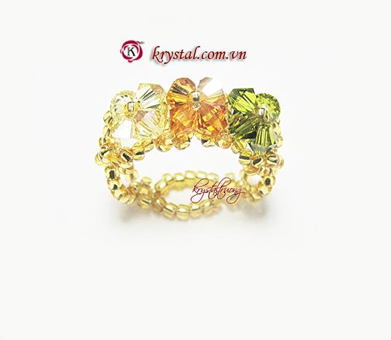 Nhẫn pha lê Swarovski